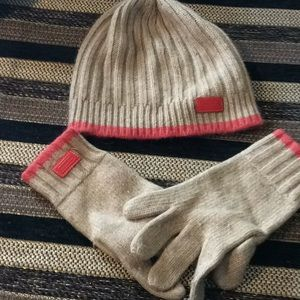 Coach winter hat and gloves